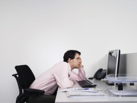 4 Tips Chiropractic Patients Can Use While Working At A Desk